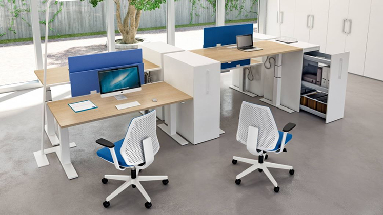 Mobili per ufficio quadrifoglio su for Aziende mobili per ufficio
